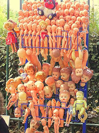 Vanves dolls