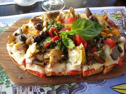 French_Pizza_by_Ixiu